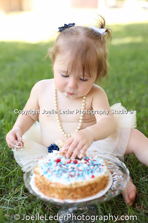 One year old Birthday, Smash the Cake Session, Red, White & Blue 4th of July Birthday Session,<br /> 6.28.2018<br /> Clovis, California, <br /> Photos by Joelle Leder Photography Studio ©, <br /> Clovis Photographer, Fresno Photographer, Yosemite Photographer, Yosemite Photography, Birthday Session, Smash the Cake Session, one year old session, Oakhurst Photographer, Mariposa Photographer, Bass Lake Photographer, Bass Lake Photography, Wedding Photography, Yosemite Wedding, Bass Lake, California, Yosemite National Park