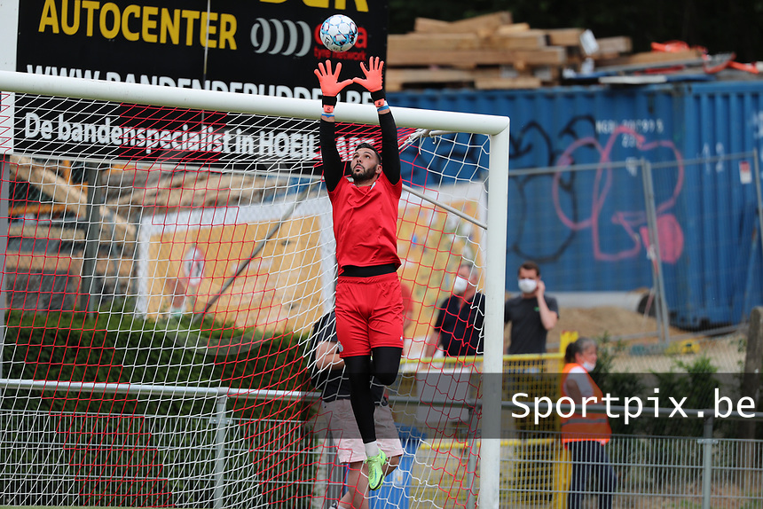 Goalkeeeper Lucas Pirard (21) of Union does a save during the warm up before friendly soccer game between Tempo Overijse and Royale Union Saint-Gilloise, Saturday 29th of June 2021 in Overijse, Belgium. Photo: SPORTPIX.BE | SEVIL OKTEM