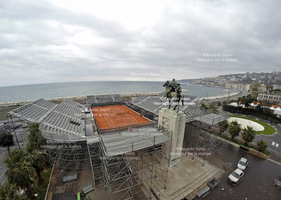 - NAPOLI 23 MAR  2014 -  il cantiere dell'arena del tennis presso la rotonda Diaz