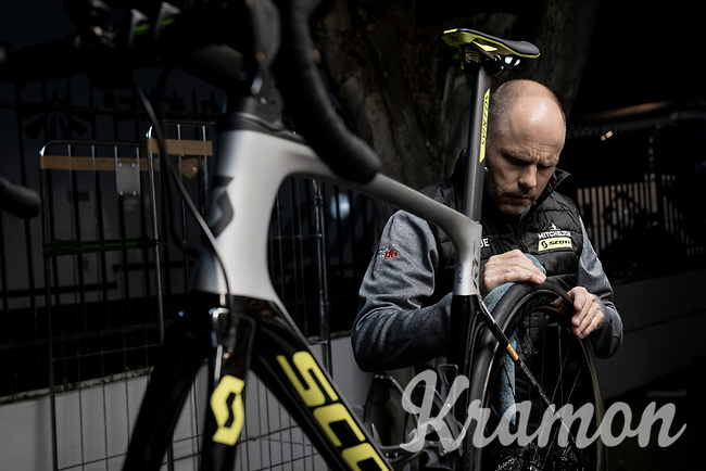 mechanics at work (into the night) at the Mitchelton-Scott team hotel after the stage<br /> <br /> Stage 6: Cassino to San Giovanni Rotondo (233km)<br /> 102nd Giro d'Italia 2019<br /> <br /> ©kramon