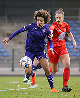Kassandra Missipo (12 Anderlecht) and Sheila Broos (20 Woluwe) in action during a female soccer game between FC Femina WS Woluwe and RSC Anderlecht Women on the eight match day of the 2020 - 2021 season of Belgian Women's Super League , Sunday 22nd of November 2020  in Woluwe, Belgium . PHOTO SPORTPIX.BE | SPP | SEVIL OKTEM