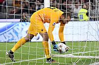 Pau Lopez of AS Roma <br /> Roma 27-10-2019 Stadio Olimpico <br /> Football Serie A 2019/2020 <br /> AS Roma - AC Milan<br /> Foto Andrea Staccioli / Insidefoto