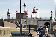 Nederland, the Netherlands, Vlissingen, 15-9-2019 Het standbeeld van de beroemde zeevaarder, opperbevelhebber van de hollandse marine in de gouden eeuw, admiraal Michiel de Ruyter staat op de zeewereing aan de rand van het toeristische stadscentrum. Tocht naar Chatham, de Slag bij de Medway, Raid on the Medway , The Dutch Raid Foto: ANP/ Hollandse Hoogte/ Flip Franssen