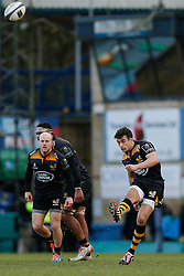 Wasps replacement Alex Lozowski kicks a restart - Photo mandatory by-line: Rogan Thomson/JMP - 07966 386802 - 14/12/2014 - SPORT - RUGBY UNION - High Wycombe, England - Adams Park Stadium - Wasps v Castres Olympique - European Rugby Champions Cup Pool 2.