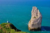 France, Seine-Maritime (76), Pays de Caux, Côte d'Albâtre, Etretat, la falaise d'Aval, l'Aiguille // France, Seine-Maritime (76), Pays de Caux, Côte d'Albâtre, Etretat, the cliff of Aval, the Aiguille (Needle)