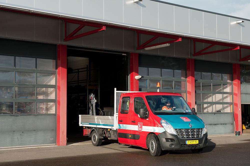 Nederland, Balk, 2 dec  2011.Mous pompenbouw..Foto(c): Michiel Wijnbergh