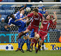 Photo: Steve Bond/Richard Lane Photography. <br />Leicester City v Scunthorpe United. Coca Cola Championship. 29/03/2008. Ben May (C) tries to get the ball as Bruno N'Gotty (L) cghallanges