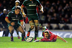 Drew Mitchell of Toulon fails to gather the ball leading to a Leicester Tigers try - Photo mandatory by-line: Patrick Khachfe/JMP - Mobile: 07966 386802 07/12/2014 - SPORT - RUGBY UNION - Leicester - Welford Road - Leicester Tigers v Toulon - European Rugby Champions Cup