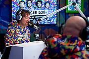HILVERSUM, 13-12-2020 , Studio 538<br /> <br /> Vandaag start radio 538 met 'Missie 538' voor de voedselbank. Van 14 tot en met 18 december zetten de dj's van 538 alles op alles om zoveel mogelijk mensen te helpen. <br /> <br /> Op de foto: Frank Dane