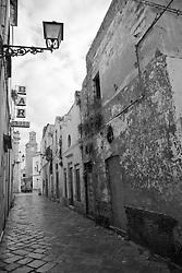 Via del centro storico di Racale (LE)