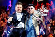 Finale The Voice of Holland vanuit de Studio Lukkien, Ede.<br /> <br /> op de foto:<br /> <br />  Ben Saunders , de winnaar van Voice of Holland met Roel van Velzen