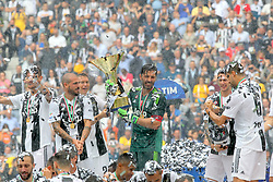 May 19, 2018 - Turin, Piedmont, Italy - Juventus FC captain Gianluigi Buffon rlifts the Scudetto cup after winning the Italian championship 2017-2018, on the day of his last match with Juventus, at the Allianz stadium on May 19, 2018 in Turin, Italy. (Credit Image: © Massimiliano Ferraro/NurPhoto via ZUMA Press)