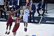 DESCRIZIONE : Bologna Lega A 2015-16 Obiettivo Lavoro Virtus Bologna - Umana Reyer Venezia<br /> GIOCATORE : Abdul Gaddy<br /> CATEGORIA : Passaggio<br /> SQUADRA : Obiettivo Lavoro Virtus Bologna<br /> EVENTO : Campionato Lega A 2015-2016<br /> GARA : Obiettivo Lavoro Virtus Bologna - Umana Reyer Venezia<br /> DATA : 04/10/2015<br /> SPORT : Pallacanestro<br /> AUTORE : Agenzia Ciamillo-Castoria/G.Ciamillo<br /> <br /> Galleria : Lega Basket A 2015-2016 <br /> Fotonotizia: Bologna Lega A 2015-16 Obiettivo Lavoro Virtus Bologna - Umana Reyer Venezia