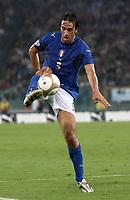 Fotball<br /> EM-kvalifisering<br /> 07.10.2006<br /> Italia v Ukraina 2-0<br /> Foto: Inside/Digitalsport<br /> NORWAY ONLY<br /> <br /> Luca Toni (Italy)