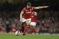 Leigh Halfpenny of Wales kicks a penalty. Under Armour 2016 series international rugby, Wales v Argentina at the Principality Stadium in Cardiff , South Wales on Saturday 12th November 2016. pic by Andrew Orchard, Andrew Orchard sports photography