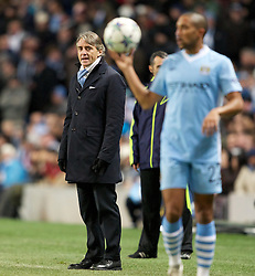 07.12.2011, City of Manchester Stadion, Manchester, ENG, UEFA CL, Gruppe A, Manchester City (ENG) vs FC Bayern München (GER), im Bild Manchester City's manager Roberto Mancini during the UEFA Champions League Group A match against FC Bayern Munchen at the City of Manchester Stadium during the football match of UEFA Champions league, group A, between Manchester City (ENG) and FC Bayern München (GER), at City of Manchester Stadium, Manchester, United Kingdom on 07/12/201. EXPA Pictures © 2011, PhotoCredit: EXPA/ Propaganda/ David Rawcliff..***** ATTENTION - OUT OF ENG, GBR, UK *****