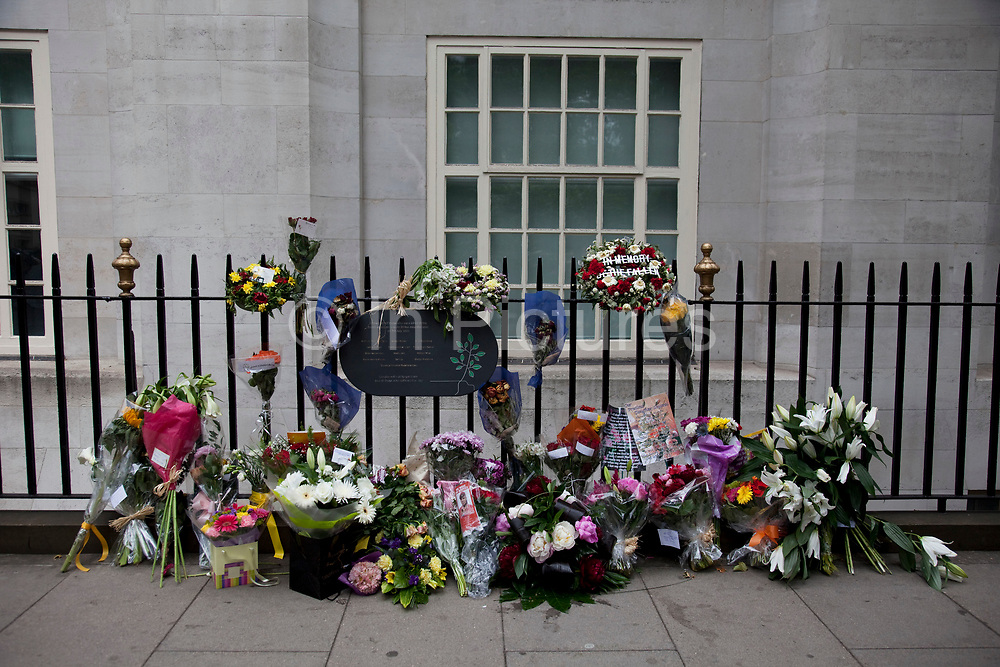 5th anniversary of the July 7th 2005 bombings. Flowers are laid in memory of the victims of the 7/7 bombings in London. Here the memorial is on Tavistock Square, where the bus bombing took place.