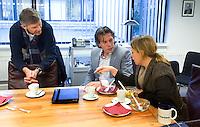 UTRECHT - Jelle Paauw (m) . Groepsgesprek bij de NGF  tussen NGF, verenigingsbestuurders, baaneigenaren olv voorzitter Jan Kees van der Velden. FOTO KOEN SUYK
