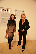 Jill Ritblat and Lynn Rothschild, Turner Prize: A Retrospective. Opening party. Tate Millbank. London. 2 October 2007. -DO NOT ARCHIVE-© Copyright Photograph by Dafydd Jones. 248 Clapham Rd. London SW9 0PZ. Tel 0207 820 0771. www.dafjones.com.