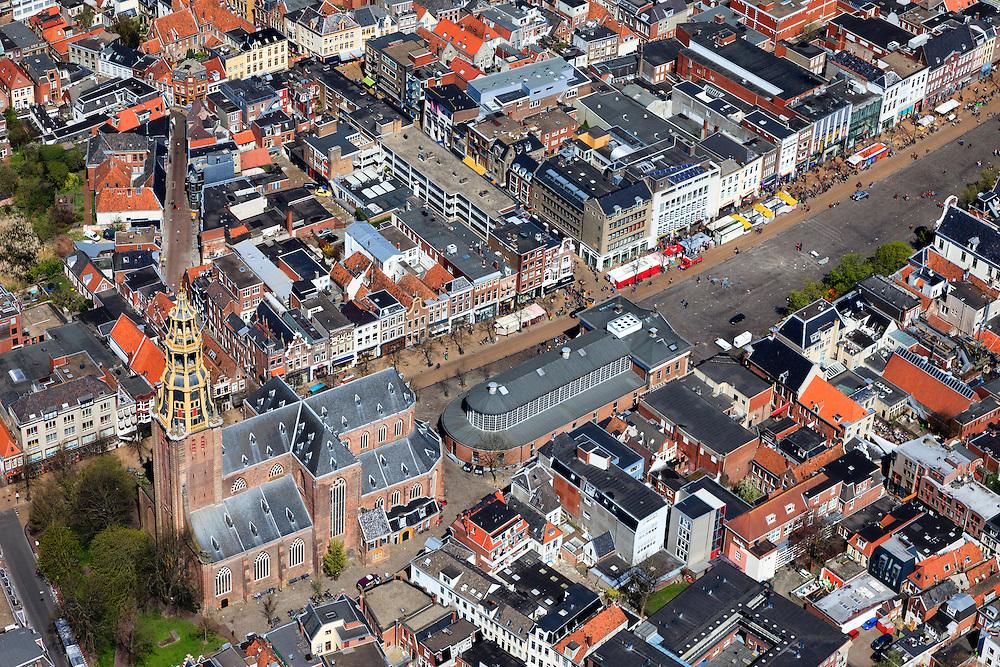 Nederland, Groningen, Groningen, 01-05-2013;<br /> Groningen-stad, centrum. Vismarkt met Der Aa-kerk en De Korenbeurs.<br /> Detailed view on the city of Groningen, old town. Der Aa-kerk (church).<br /> luchtfoto (toeslag op standard tarieven)<br /> aerial photo (additional fee required)<br /> copyright foto/photo Siebe Swart