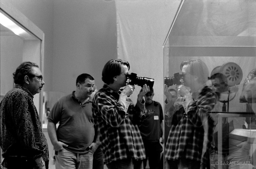 "Fred Murphy, Erik Swanek, David Koepp on the set of ""Ghost Town"" (Dir: David Koepp, 2008)"