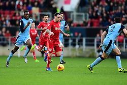 Lee Tomlin of Bristol City drives forward with the ball  - Mandatory by-line: Joe Meredith/JMP - 04/02/2017 - FOOTBALL - Ashton Gate - Bristol, England - Bristol City v Rotherham United - Sky Bet Championship