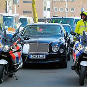 NLD/Amsterdam/20130429 - Inhuldiging Koning Willem - Alexander, aankomst prins van Wales Charles en de hertogin van Cornwell Camilla Parker Bowles heeft zijn eigen auto meegenomen, Rolls Royce