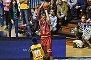 DESCRIZIONE : Torino Campionato 2015/16 Serie A Beko Lega A Manital Auxilium Torino -  Grissin Bon Reggio Emilia<br /> GIOCATORE : Achille Polonara<br /> CATEGORIA : Tiro Tre Punti Three Point<br /> SQUADRA : Grissin Bon Reggio Emilia<br /> EVENTO : LegaBasket Serie A Beko 2015/2016<br /> GARA : Manital Auxilium Torino - Grissin Bon Reggio Emilia<br /> DATA : 05/10/2015<br /> SPORT : Pallacanestro<br /> AUTORE : Agenzia Ciamillo-Castoria/GiulioCiamillo