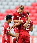 GOAL Celebration Torjubel Joshua Kimmich #32 von FC Bayern Muenchen nach dem 1:0 mit Leon Goretzka #18 von FC Bayern Muenchen und Sarpreet Singh #28 von FC Bayern Muenchen During the Bayern Munich vs SC Freiburg Bundesliga match  at Allianz Arena, Munich, Germany on 20 June 2020.