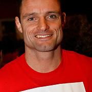 NLD/Hilversum/20100121 - Benefietactie voor het door een aardbeving getroffen Haiti, judoka Mark Huizinga
