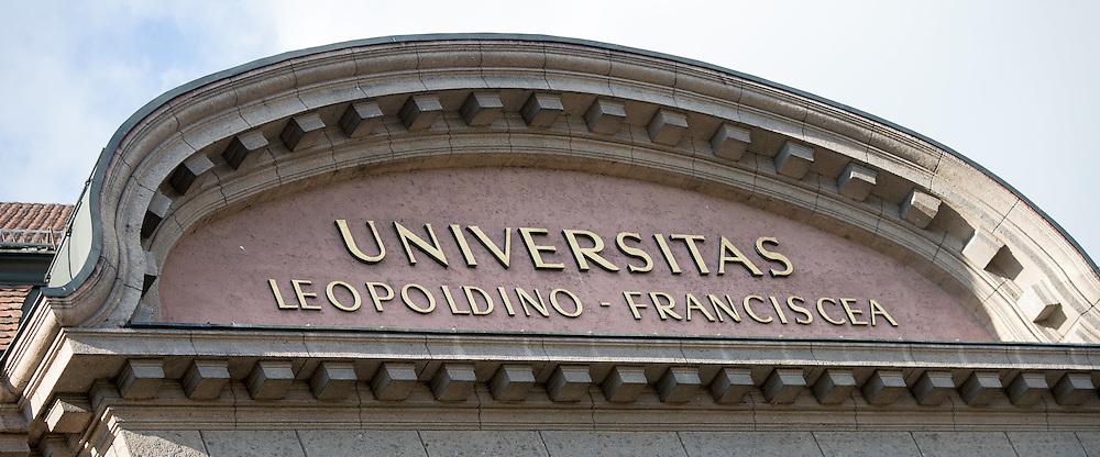 THEMENBILD - Universität Innsbruck, das Hauptgebäude der Leopold-Franzens-Universität Innsbruck, aufgenommen am 20.10.2015 in Innsbruck, Österreich // the main building of the Leopold-Franzens University in Innsbruck, Austria on 2015/10/20. EXPA Pictures © 2015, PhotoCredit: EXPA/ Jakob Gruber