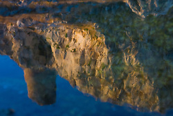 Torre Sant'Emiliano (Otranto / Porto Badisco) riflessa in una pozza sulla scogliera