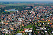 Uberlandia _ MG, Brasil...Vista aerea da cidade de Uberlandia, com o Parque do Sabia ao fundo...The Uberlandia aerial view with the Sabia Park  in the background...Foto: BRUNO MAGALHAES / NITRO