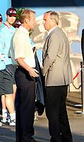 GEPA-2206083417 - WIEN,AUSTRIA,22.JUN.08 - FUSSBALL - UEFA Europameisterschaft, EURO 2008, Spanien vs Italien, ESP vs ITA, Viertelfinale. Bild zeigt Geschaeftsfuehrer Heinz Palme (Oesterreich am Ball) und Teamchef Josef Hickersberger (AUT).<br />Foto: GEPA pictures/ Markus Oberlaender