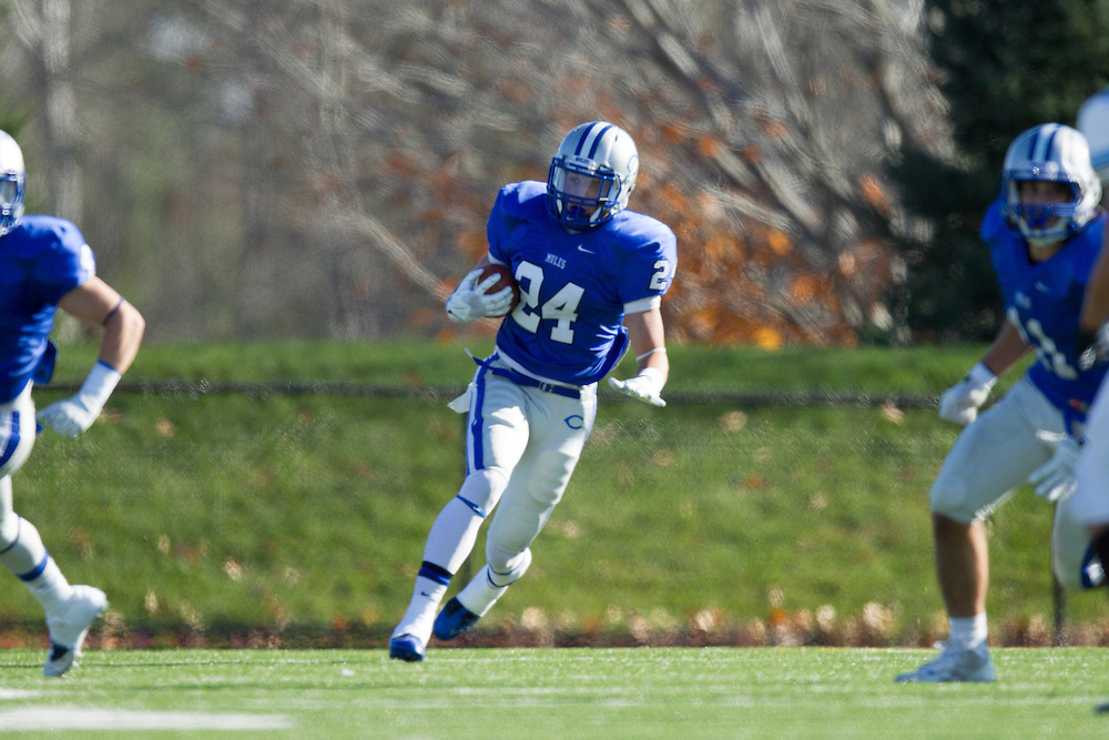 Kyle Andrews, of Colby College, during a NCAA Division III football game on November 2, 2013 in Waterville, ME. (Dustin Satloff/Colby College Athletics)