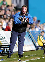 Photo: Olly Greenwood.<br />Gillingham v Huddersfield Town. Coca Cola League 1. 08/04/2006. Gillingham manager Ronnie Jepson.