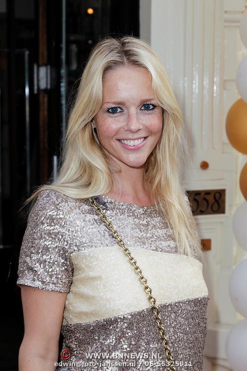 NLD/Amsterdam/20120706 - Verjaardagsfeest Gordon, Chantal Janzen