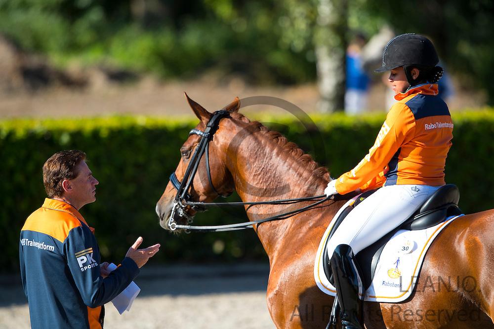 Mellanie Welles - Horses2fly Zander<br /> Rabobank Talentendag 2016<br /> © DigiShots