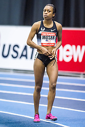 New Balance Indoor Grand Prix Track, womens 1000 meters, Treniere Moser warmup