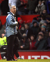 Photo: Paul Thomas.<br /> Manchester United v Charlton Athletic. The Barclays Premiership. 10/02/2007.<br /> <br /> Dejected manager Alan Pardew of Charlton leaves the field.