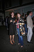 Madilear Coen and Lauren Prakke. Anton Henning-Sandpipers, Lizards and History. Haunch of Venison private view. 27 April 2005. ONE TIME USE ONLY - DO NOT ARCHIVE  © Copyright Photograph by Dafydd Jones 66 Stockwell Park Rd. London SW9 0DA Tel 020 7733 0108 www.dafjones.com