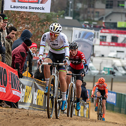 26-12-2019: Cycling: CX Worldcup: Heusden-Zolder: Sanne Cant and Annemarie Worst fighting to keep contact with the leading group