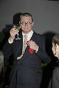 FERGUS HENDERSON, The Summer Party sponsored by Yves St. Laurent. Serpentine Gallery. 11 July 2006. . ONE TIME USE ONLY - DO NOT ARCHIVE  © Copyright Photograph by Dafydd Jones 66 Stockwell Park Rd. London SW9 0DA Tel 020 7733 0108 www.dafjones.com