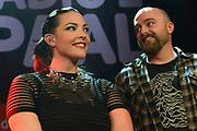 Caro Emerald krijgt de Radio 2 Mijlpaal tijdens een intiem optreden in TivoliVredenburg.<br /> <br /> Op de foto:  Caro Emerald en Producer Jan van Wieringen