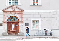 25.02.2018, Liebburg, Lienz, AUT, Landtagswahl in Tirol 2018, Stimmabgabe, im Bild Feature Wahllokal // during the State election in Tyrol 2018. Neue Mittelschule in Lienz, Austria on 2018/02/25. EXPA Pictures © 2018, PhotoCredit: EXPA/ JFK