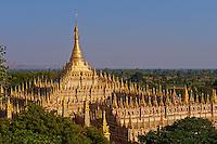 Myanmar (Birmanie), division de Sagaing, Monywa, pagode de Thanboddhay, construite entre 1939 et 1958, contient 582 363 images du Bouddha // Myanmar (Burma), Sagaing division, Monywa, Thanbodhay pagoda