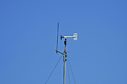 Wind speed and direction tracking at a weather station, Israel