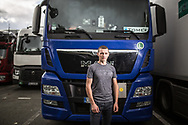 09092017. A13. Aire de Morainvilliers nord. Parking des camions. Rencontre avce des camionneurs polonais. Portrait de Tomascz, jeune conducteur polonais de 21 ans.
