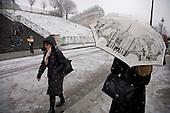 Paris snow freezing weather