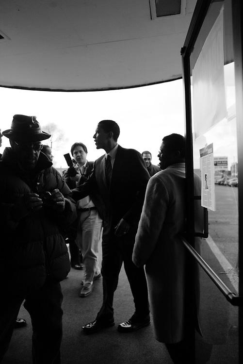 Illinois State Senator and U.S. Senate candidate Barack Obama campaigns in Chicago....